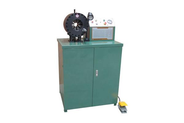 Máquina que prensa hidráulica de tuberías