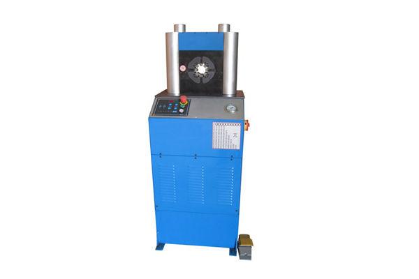 Máquina para prensar mangueras